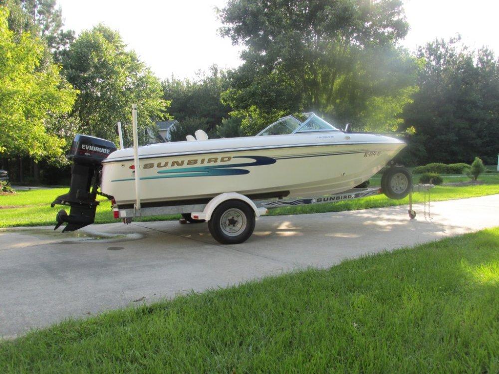 Boat Right.jpg