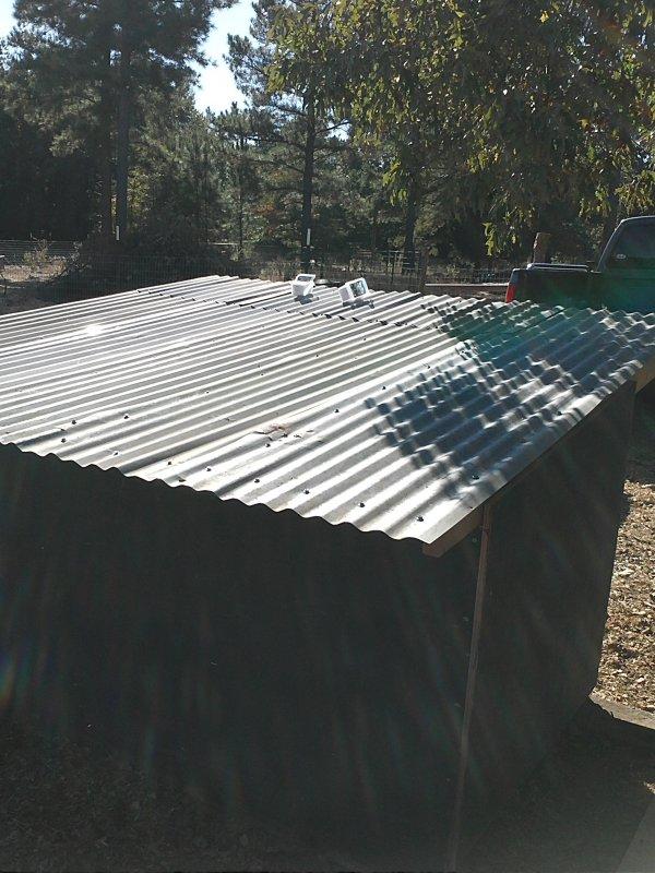 Hut tin roof.jpg