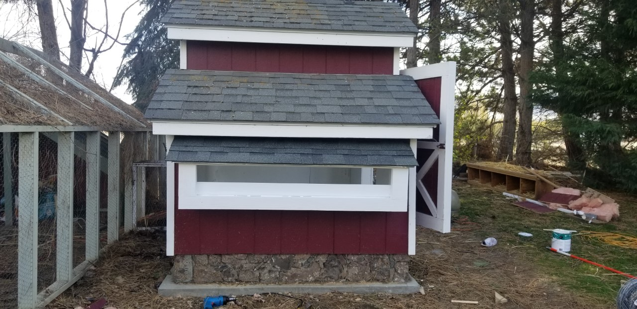 Nesting Box Roof Attached 4.4.2020.jpg