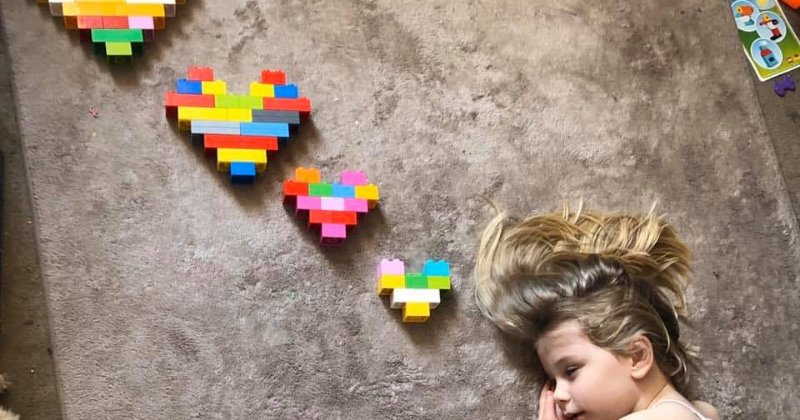 POW: Getting Creative with Duplo hearts from Websnail